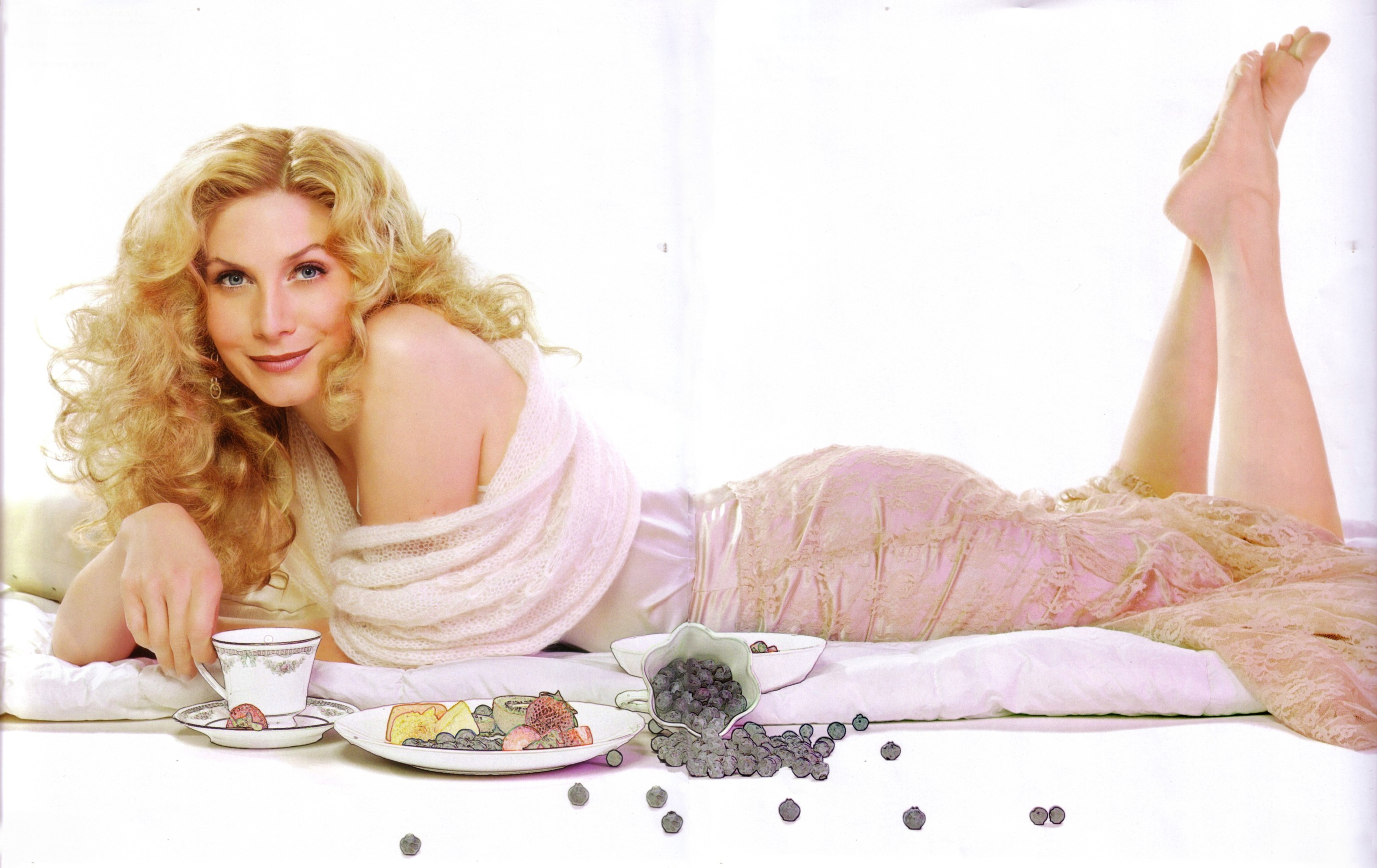 Elizabeth mitchell ass pictures — pic 15